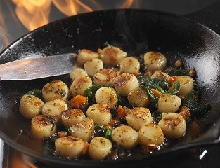 Marinated Scallops with Olive Oil & Tomatoes
